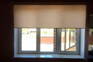 Рулонные шторы в комнату